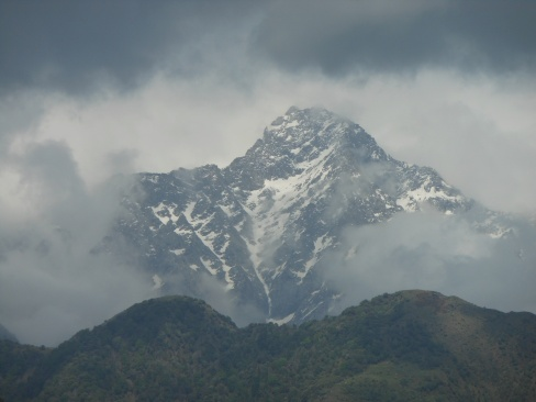 Mountains from Mcleodganj 2